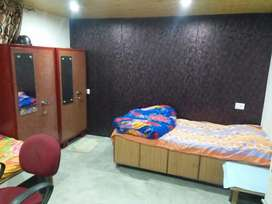 PG for girls at summer hill Shimla with all facilities and sunny area