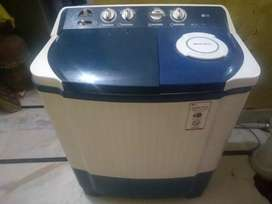 Lg washing machine 7.5 kg new condition