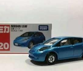 Nissan leaf takara tomy