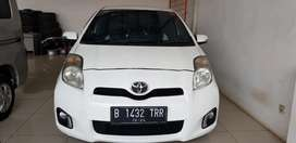 Yaris S limited 2013 putih matic kondisi apik siap pakai