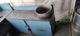 2 iron bhatti kichen with self... Very good condition..