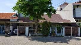 Rumah + kos dua lantai (N)