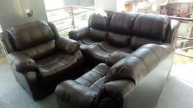 Bearded sofa set available 5&7 seter set