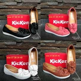 Sepatu balet bunga kickers wanita