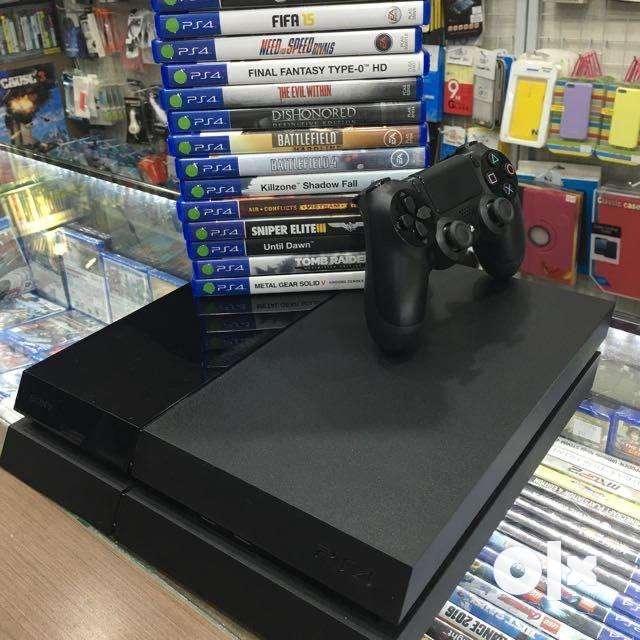 Pristine condition Playstation 4