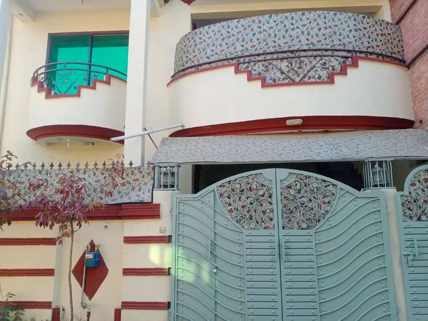 10 Marla Slightly Used House For Sale In islamabad Barakahu
