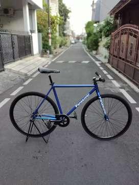 Sepeda fixie replika panasonic