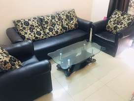 5 seater sofa set with cushions and center table, new condition