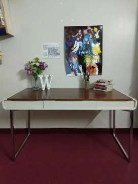 Modern Simple Ikea Dubai Desk Study Computer Table