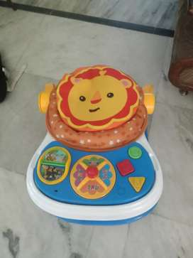 Brand new Musical 2 in 1 activity walker