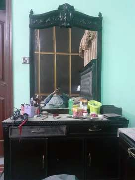 Dressing table for good condition