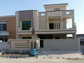 Ground portionbrand new 10marla 40*70 house available for rent