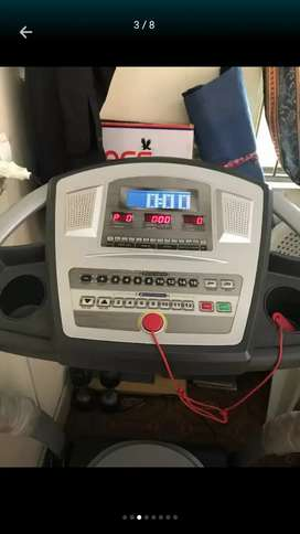 Renker Trademill like new running machine