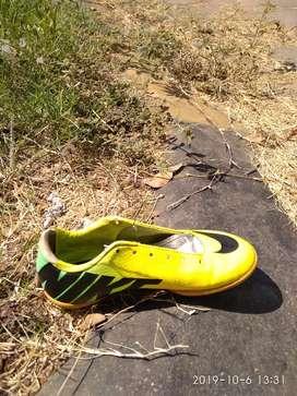 Sepatu Nike Mercurial