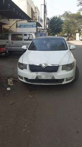 Excellent condition skoda superb