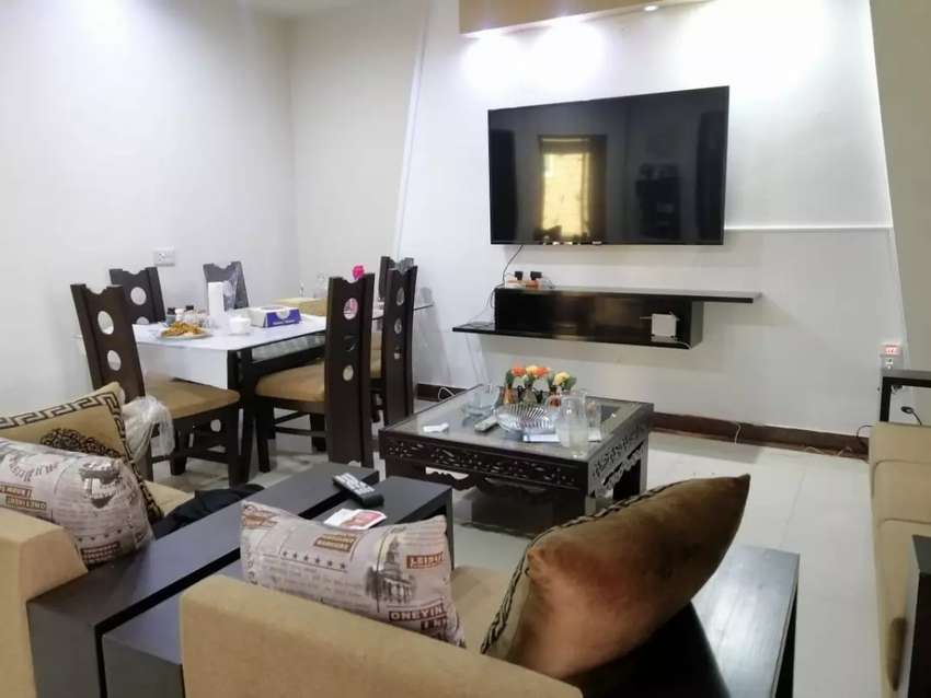 Seprate rooms for boys near metro bus stop 0