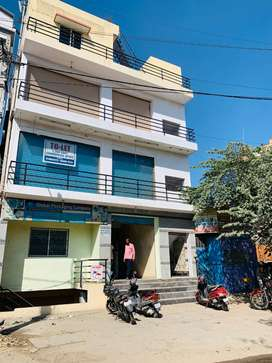 COMMERCIAL OFFICE SPACE FOR RENT ...2nd FLOOR (1200SQFT)