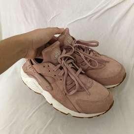 Nike Huarache - Particle Pink