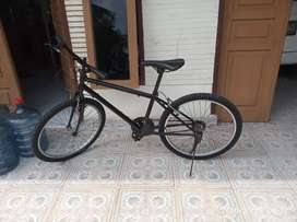 Sepeda bekas restorasi