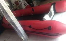 Perahu karet LCR kapasitas 8 orang