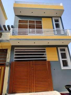 Lda 450sqft house in aliganj sec L