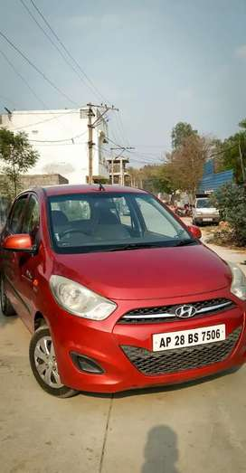 Hyundai i10 2012 LPG Well Maintained log approved by the showmroom