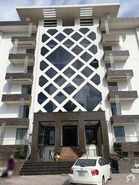 LIVE IN THE HEART OF DHA 2 BED APARTMENT GET POSSESSION ON 50% D.PAY