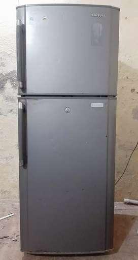 Maa vaishno fridge and washing machine sells and reapering center