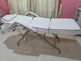 Bed facial ranjang sulam alis