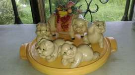 Mom Piggy and babies Ceramic
