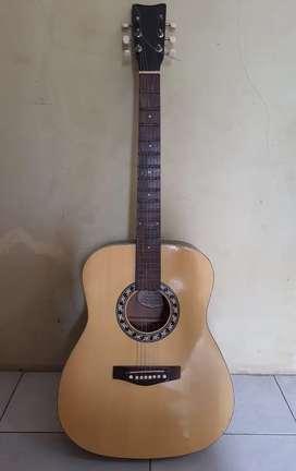 Gitar Yamaha muluss