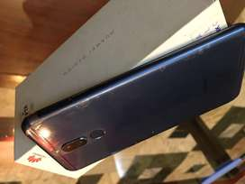Huawei Mate 10 lite in 10/10 condition