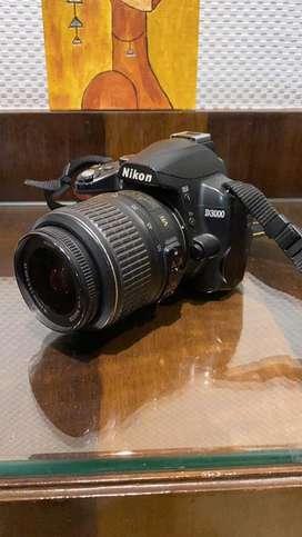 Nikon D3000 Dslr camera with Nikor lens 70-300