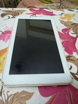 Ambrane 7 inch Tablet with dual sim support