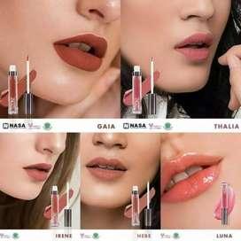 Looke 3 in 1 Lipstik, Eyeshadow & Blush-on