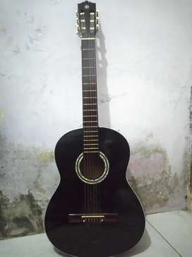 Gitar akustik nilon