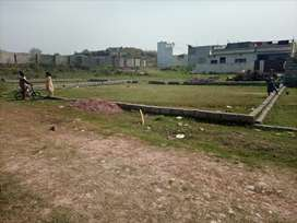 10 Marla plot available for sale in badar farm houses