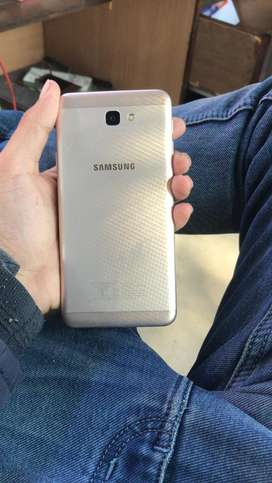 J7 prime good condition only 4500