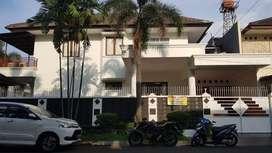SEWA RUMAH PONDOK INDAH JAKARTA (kartika alam)