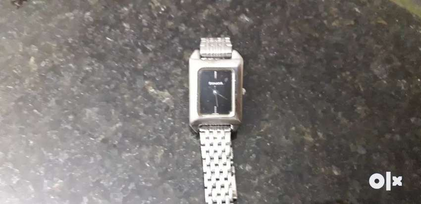 Ladies watch by sonata. Well maintained 0