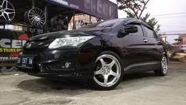 Honda city pakai velg hsr three r17x75 bisa kredit DP 10% bunga 0%