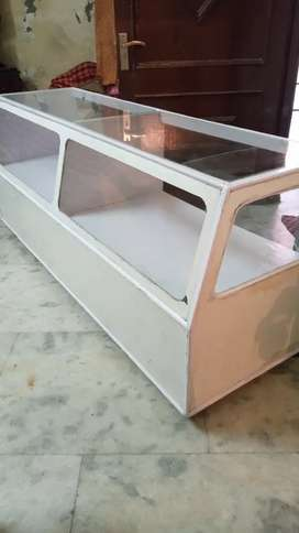 Wooden rack fitting and shop counter