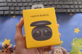 Realme Buds Q black New