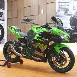 Kawasaki  All new Ninja 250 KRT fp plat DA, odo 700 km,  modif branded