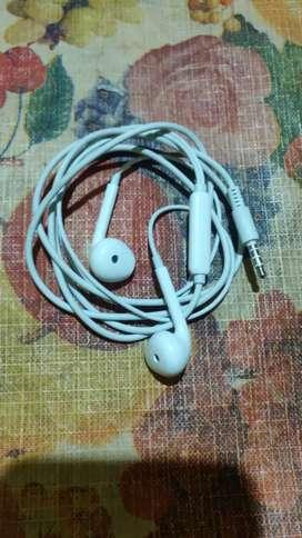 Headphones  oppo f17 Pro original