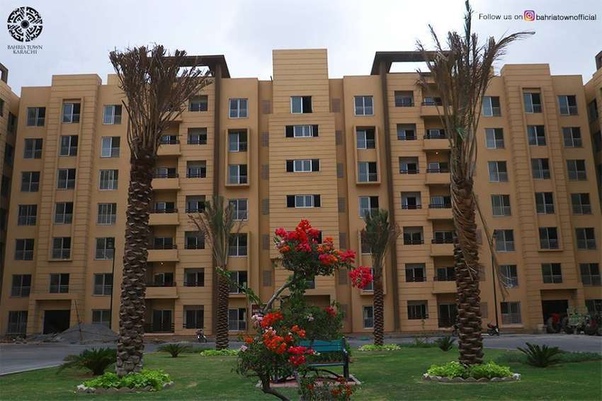 4 Bed Apartment On Amazing Location Of Bahria Town Karachi 0