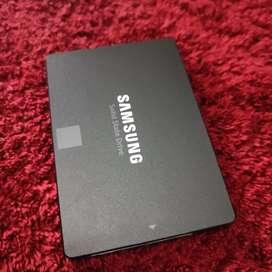 Samsung V-NAND SSD 860 EVO 250GB second