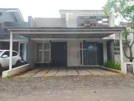 Dikontrakkan Rumah CitraLand Manado dengan Prabot.