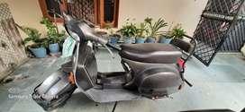 LML vespa scooter-2005