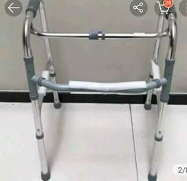 Alat bantu jalan lansia/Walker tanpa roda